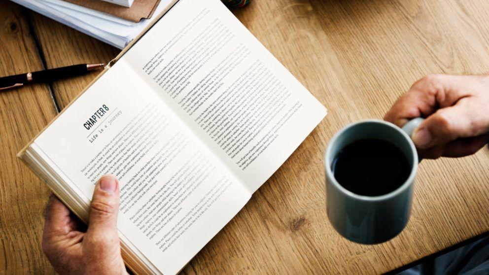 conoce los 5 libros que hay que leer por lo menos una vez